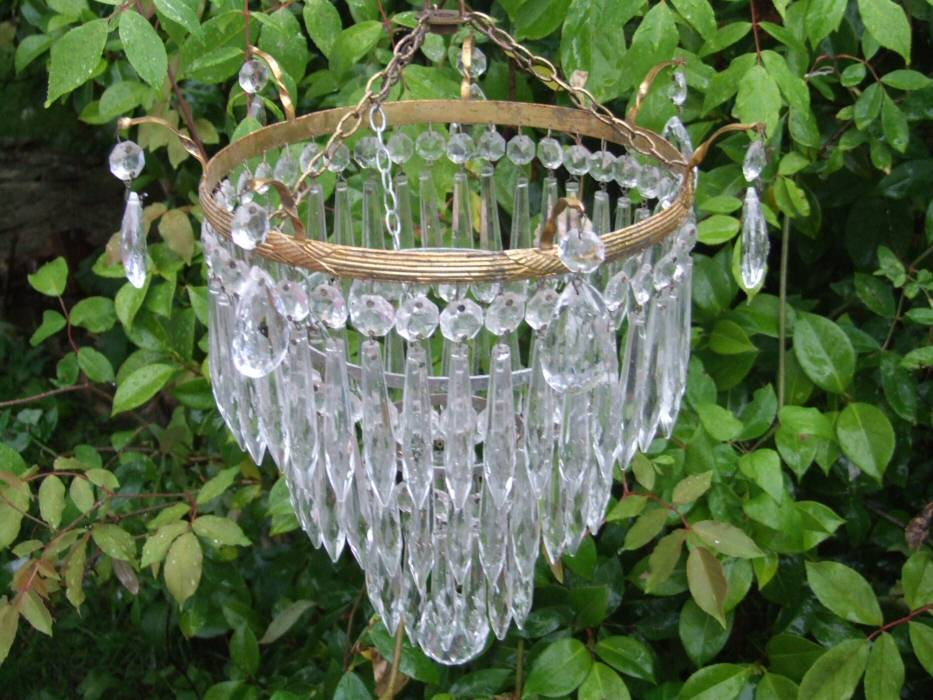 A Beautiful Edwardian 3Tier Icicle Drop Chandelier