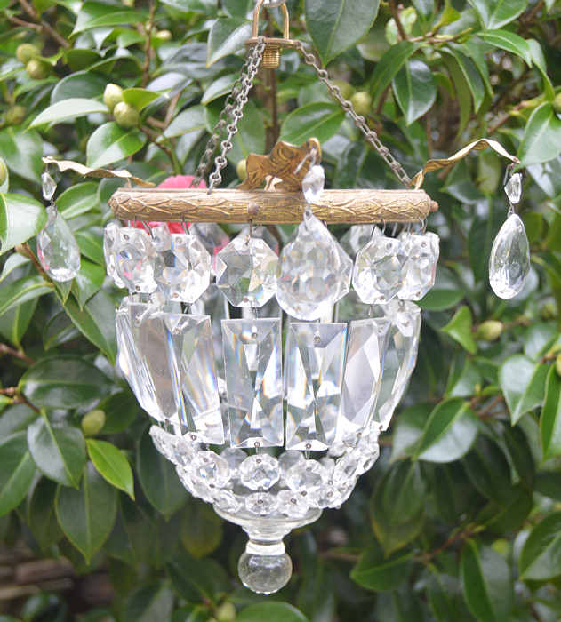 Small Edwardian Purse Chandelier with ivy leaf decoration
