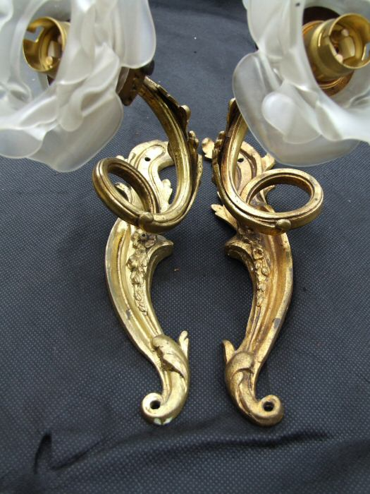 Stunning Pair of Edwardian Roccoco Style Gilded Wall Lights