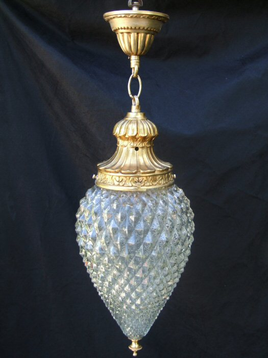 Attractive Mid 20th Century Pineapple Shape Glass Hall Lantern