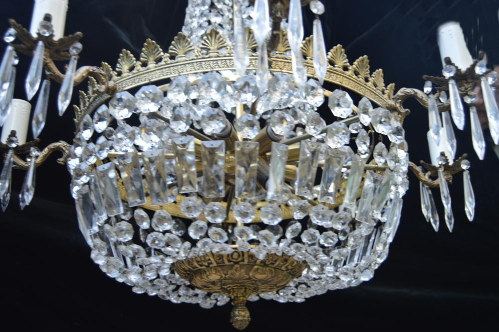 Stunning Very Large 17 bulb, 8 arm Sac a Perles Chandelier
